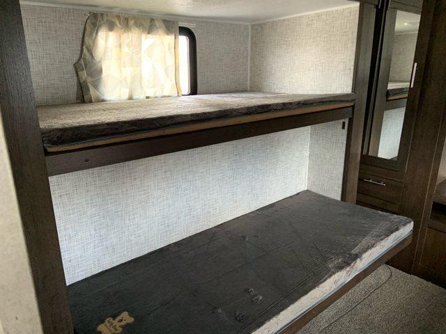 2019 Forest River Wildwood 31KQBTS Bunk Beds at Campers RV Center, Shreveport, LA 71129