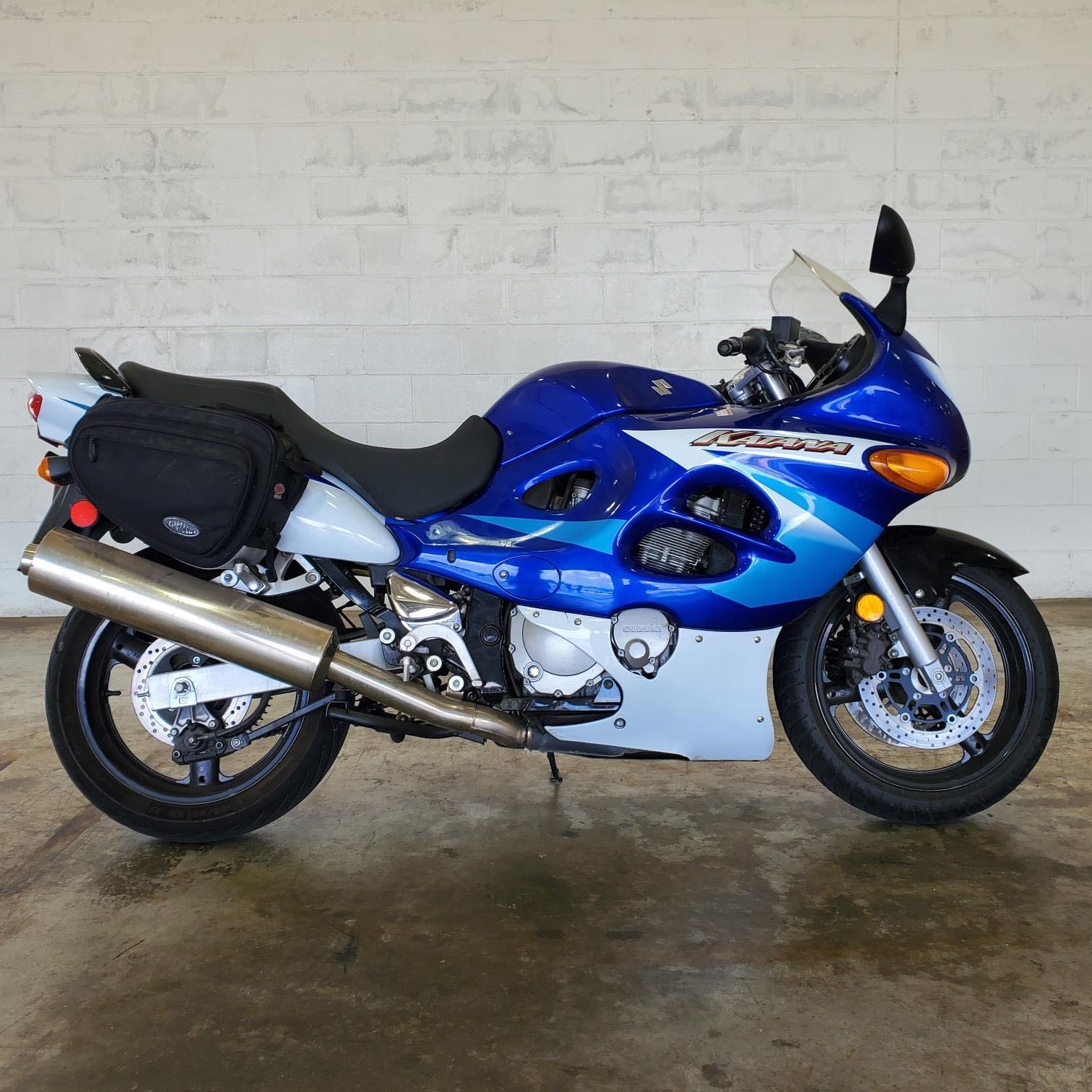 2005 Suzuki Katana 600 at Twisted Cycles