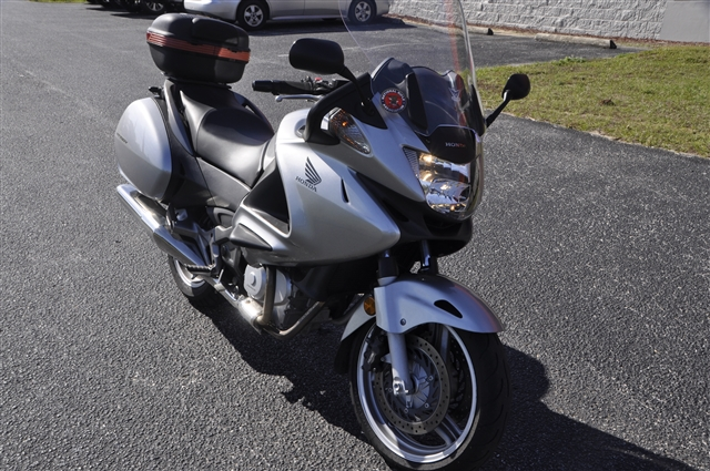 2010 Honda NT700V Base at Seminole PowerSports North, Eustis, FL 32726