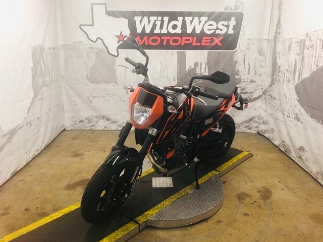 2017 KTM Duke 690 at Wild West Motoplex