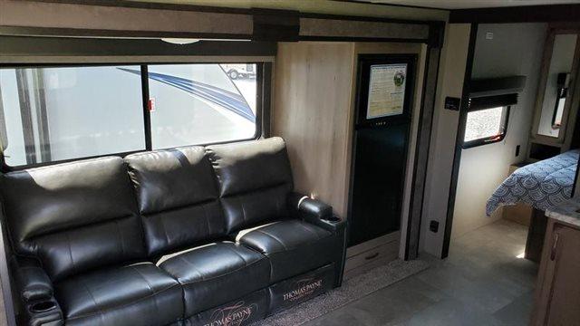 2020 Grand Design Transcend Xplor 221RB at Youngblood RV & Powersports Springfield Missouri - Ozark MO
