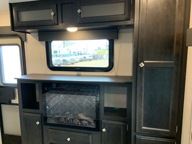 2019 Venture SportTrek Touring Edition 333VFK Front Kitchen at Campers RV Center, Shreveport, LA 71129