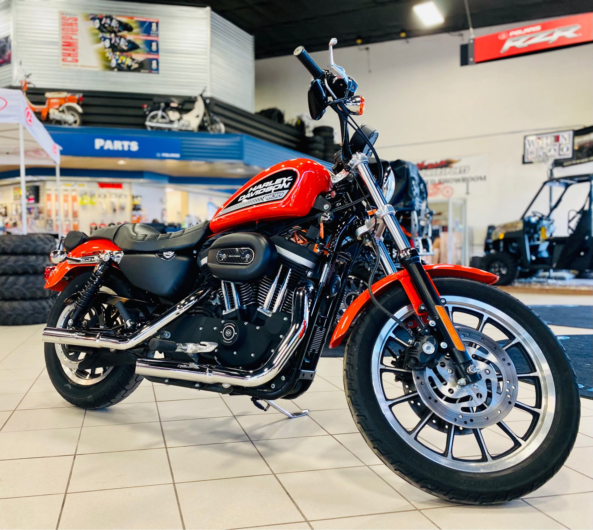 2006 Harley-Davidson Sportster 883R at Rod's Ride On Powersports