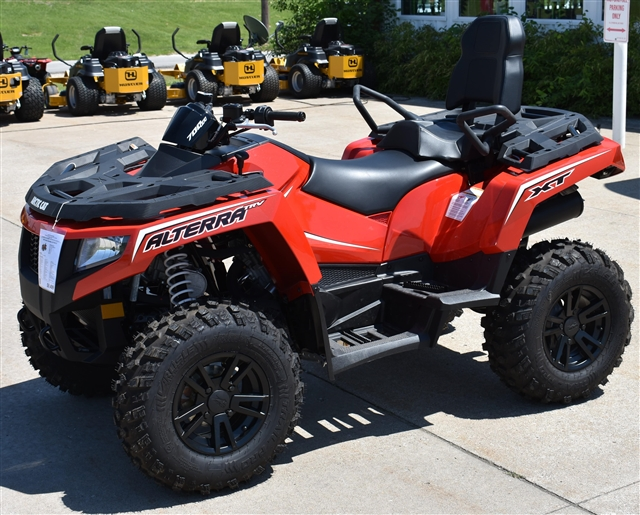 2017 Arctic Cat Alterra 700 TRV XT at Lincoln Power Sports, Moscow Mills, MO 63362