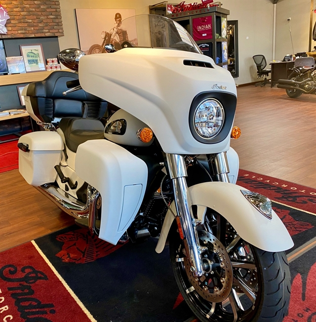 2020 Indian Roadmaster Dark Horse at Shreveport Cycles