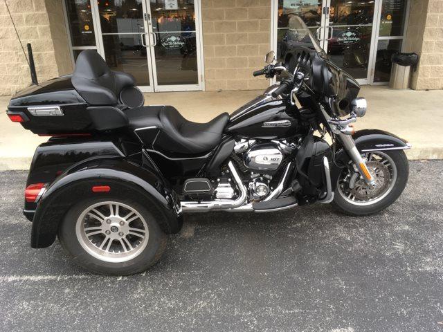 2018 Harley-Davidson Trike Tri Glide Ultra at Bluegrass Harley Davidson, Louisville, KY 40299