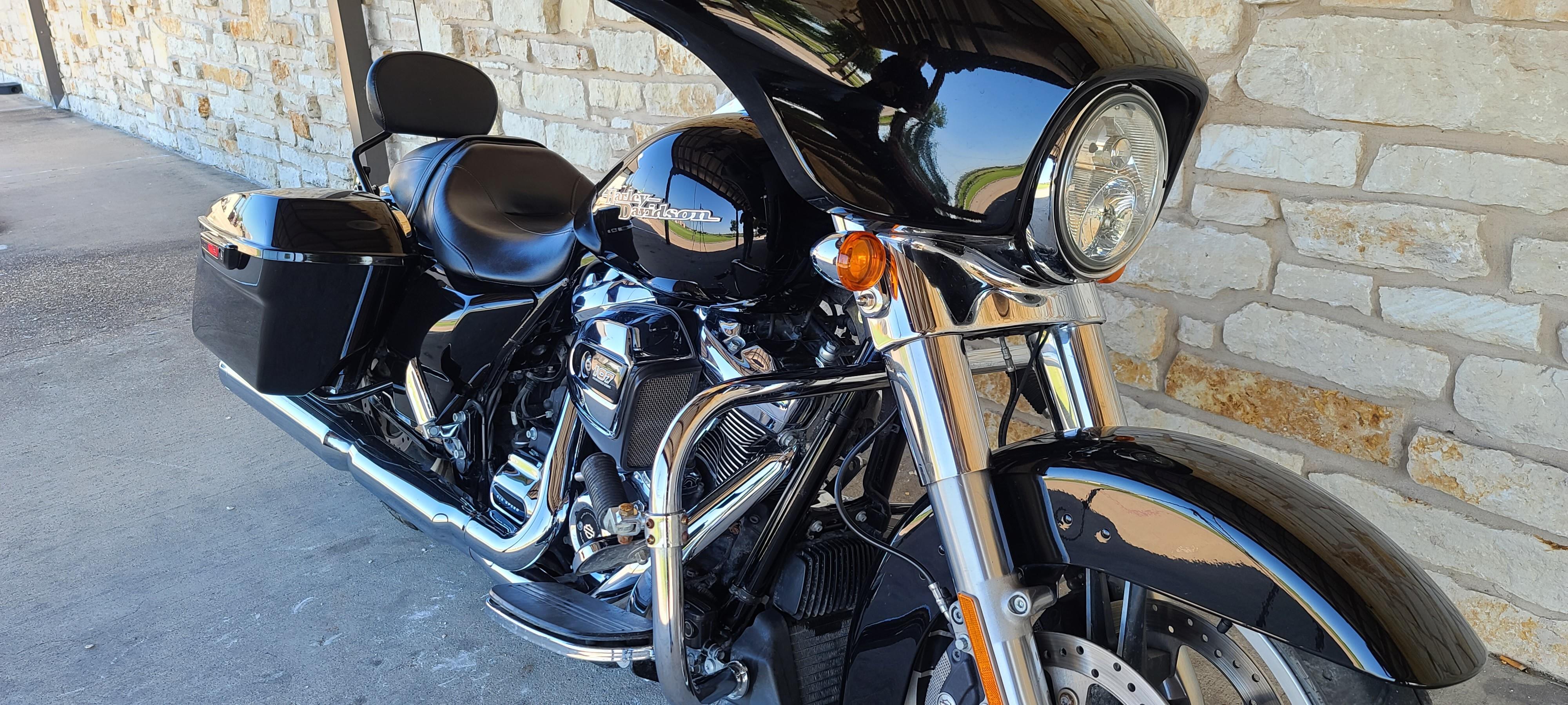 2019 Harley-Davidson Street Glide Base at Harley-Davidson of Waco