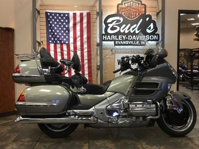 2002 Honda GL8002 GL8002 at Bud's Harley-Davidson