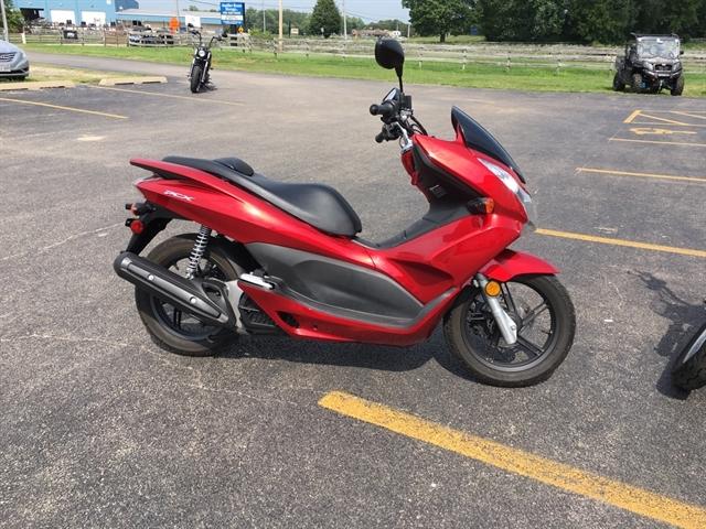 2011 Honda PCX 125 at Randy's Cycle, Marengo, IL 60152