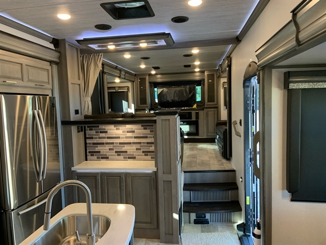 2020 Keystone Montana 3761FL at Campers RV Center, Shreveport, LA 71129