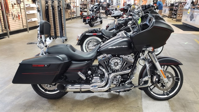 2015 Harley-Davidson Road Glide Special at Zips 45th Parallel Harley-Davidson