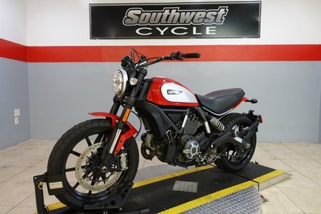 2016 Ducati Scrambler Icon at Southwest Cycle, Cape Coral, FL 33909