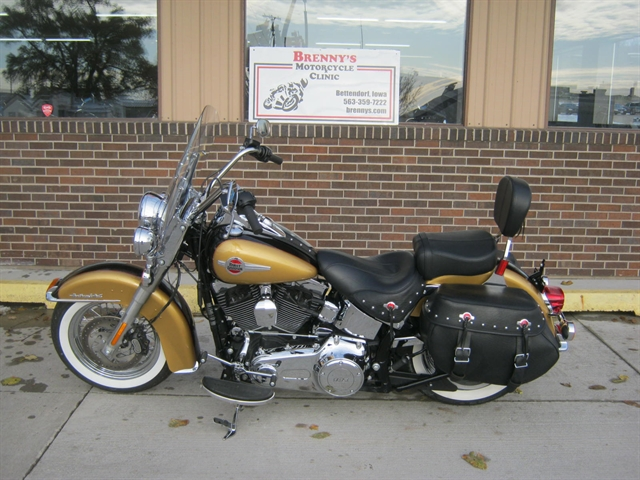 2017 Harley-Davidson Heritage Softail Classic FLSTC at Brenny's Motorcycle Clinic, Bettendorf, IA 52722
