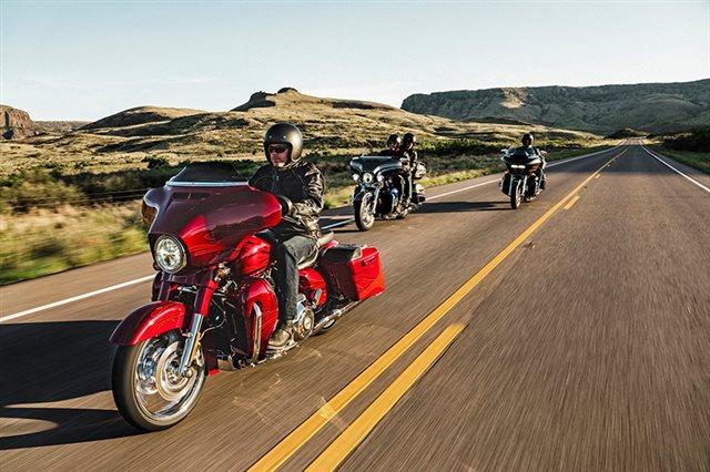 2016 Harley-Davidson Road Glide CVO Ultra at Williams Harley-Davidson