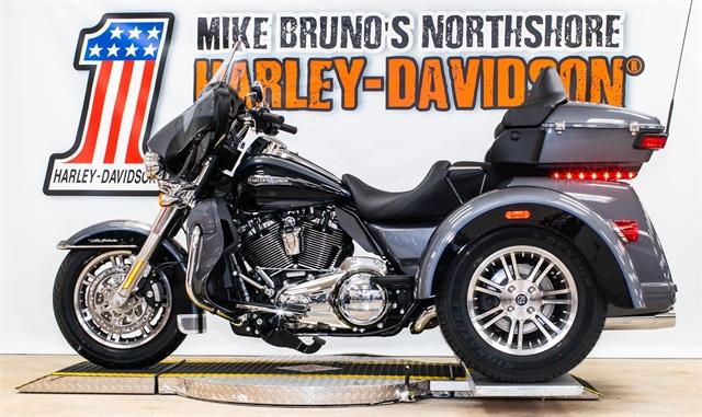 2021 Harley-Davidson Trike FLHTCUTG Tri Glide Ultra at Mike Bruno's Northshore Harley-Davidson