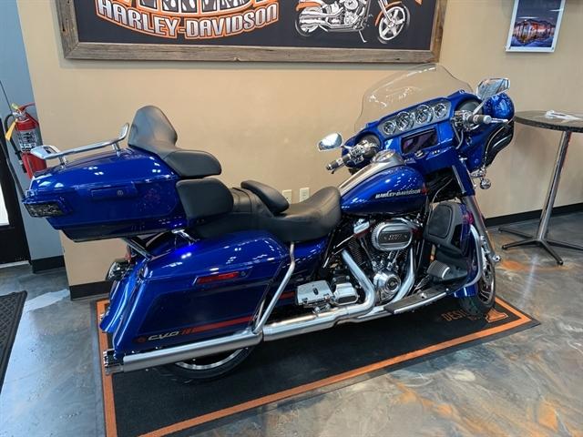 2020 Harley-Davidson CVO Limited at Vandervest Harley-Davidson, Green Bay, WI 54303