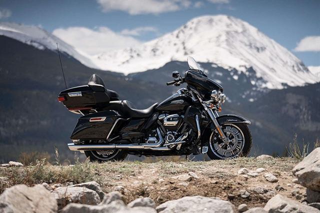 2019 Harley-Davidson Electra Glide Ultra Classic at Carlton Harley-Davidson®