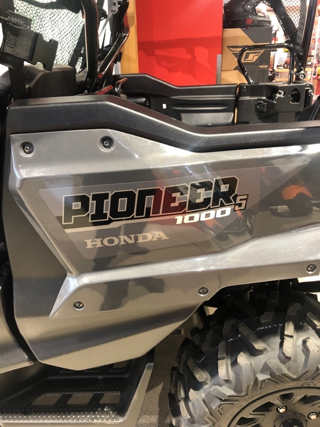 2020 Honda Pioneer 1000-5 Deluxe at Genthe Honda Powersports, Southgate, MI 48195