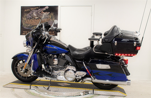 2011 Harley-Davidson Electra Glide CVO Ultra Classic at Mike Bruno's Northshore Harley-Davidson