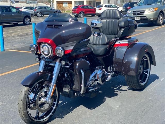 2020 Harley-Davidson CVO CVO Tri Glide at Thunder Harley-Davidson