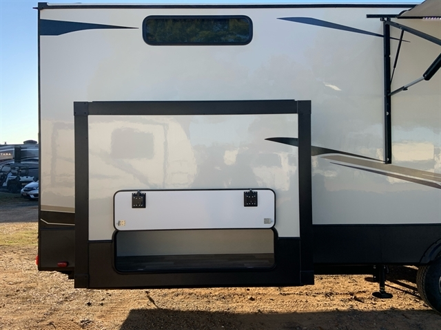 2020 Keystone Montana High Country 377FL at Campers RV Center, Shreveport, LA 71129