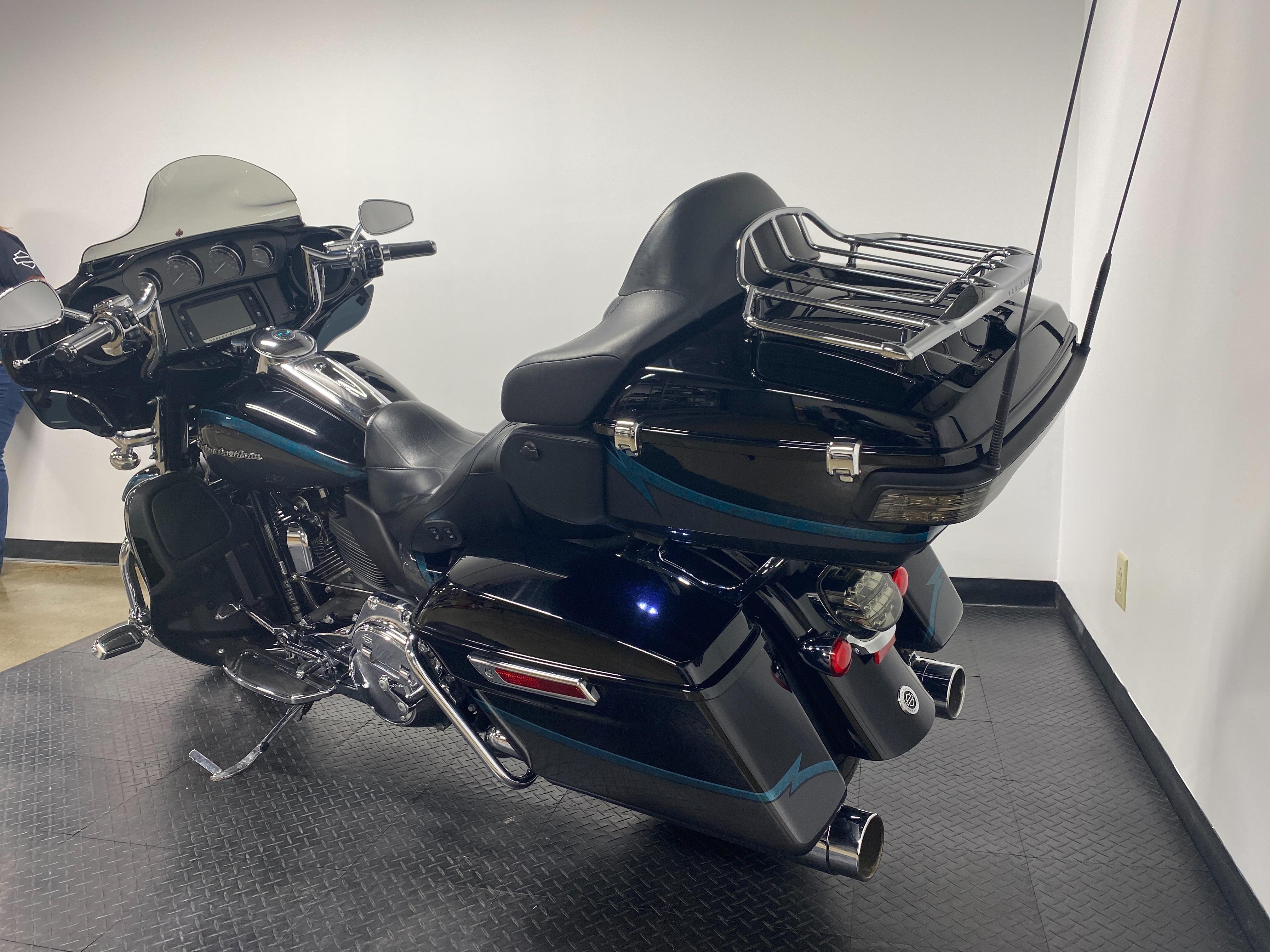 2015 Harley-Davidson Electra Glide CVO Limited at Cannonball Harley-Davidson