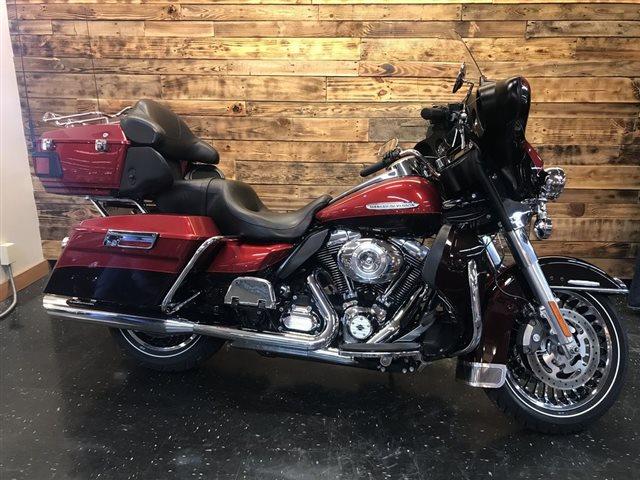 2012 Harley-Davidson Electra Glide Ultra Limited at Holeshot Harley-Davidson
