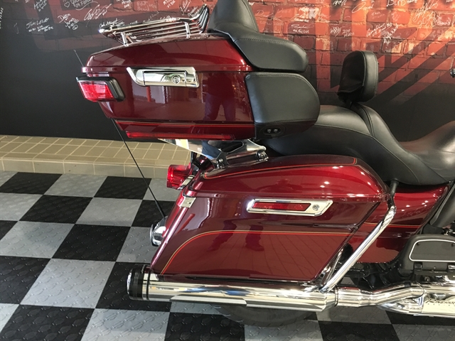2017 Harley-Davidson Electra Glide Ultra Classic at Worth Harley-Davidson