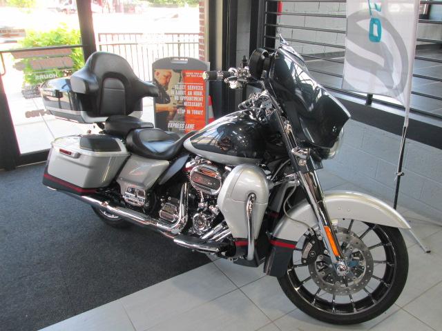 2019 Harley-Davidson Street Glide CVO Street Glide at Garden State Harley-Davidson