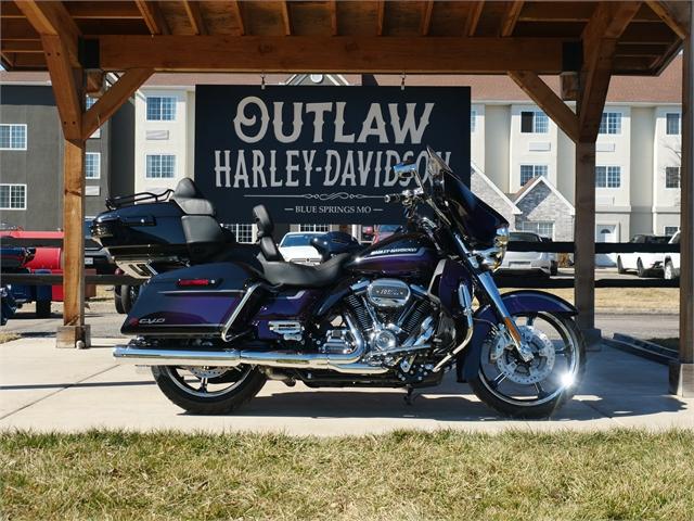 2021 Harley-Davidson Touring FLHTKSE CVO Limited at Outlaw Harley-Davidson
