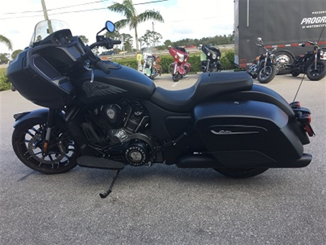 2020 Indian Challenger Dark Horse at Fort Myers