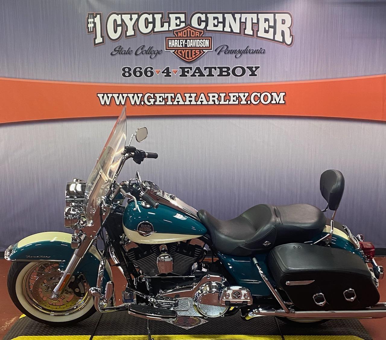 2009 Harley-Davidson Road King Classic at #1 Cycle Center Harley-Davidson