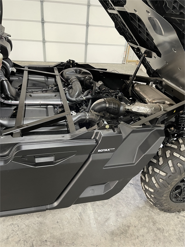 2021 Can-Am Defender PRO DPS HD10 at Thornton's Motorcycle - Versailles, IN