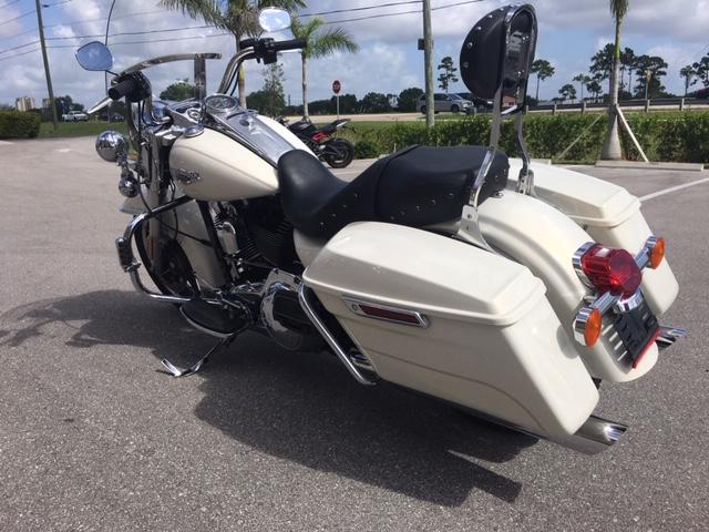 2015 Harley-Davidson Road King Base at Fort Myers