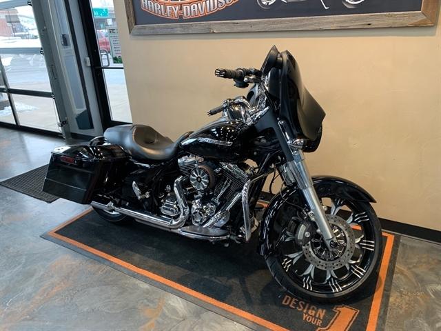 2014 Harley-Davidson Street Glide Base at Vandervest Harley-Davidson, Green Bay, WI 54303