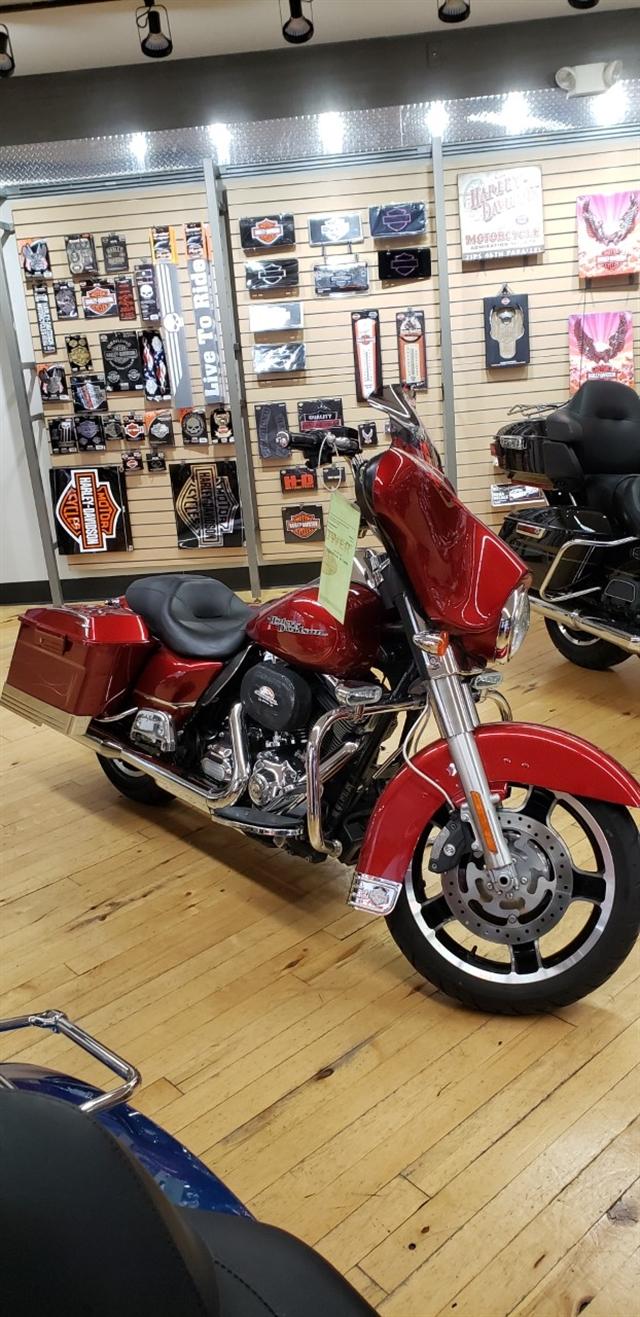 2012 Harley-Davidson Street Glide Base at Zips 45th Parallel Harley-Davidson