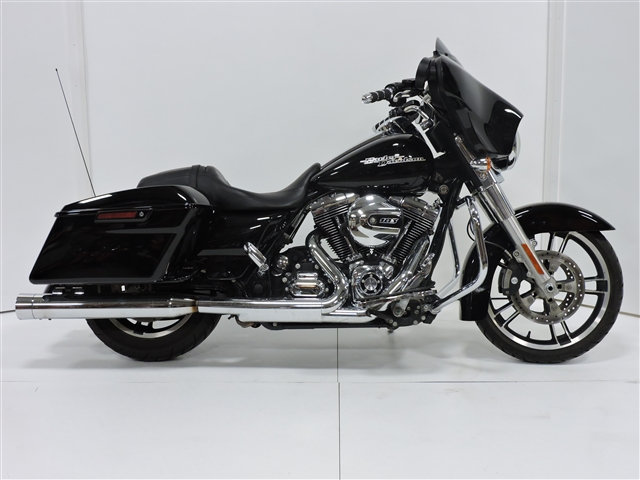 2015 Harley-Davidson Street Glide Base at Stutsman Harley-Davidson, Jamestown, ND 58401