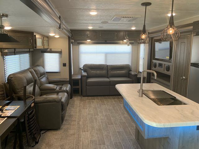 2020 Palomino Puma 31RLQS at Campers RV Center, Shreveport, LA 71129