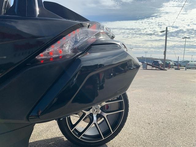 2016 Slingshot Slingshot SL LE at Mungenast Motorsports, St. Louis, MO 63123