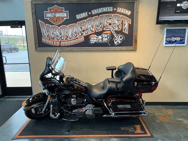 2011 Harley-Davidson Electra Glide Ultra Classic at Vandervest Harley-Davidson, Green Bay, WI 54303