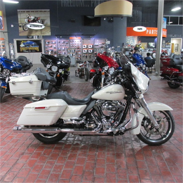 2014 Harley-Davidson Street Glide Special at Bumpus H-D of Memphis