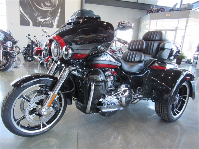 2020 Harley-Davidson CVO CVO Tri Glide at Conrad's Harley-Davidson
