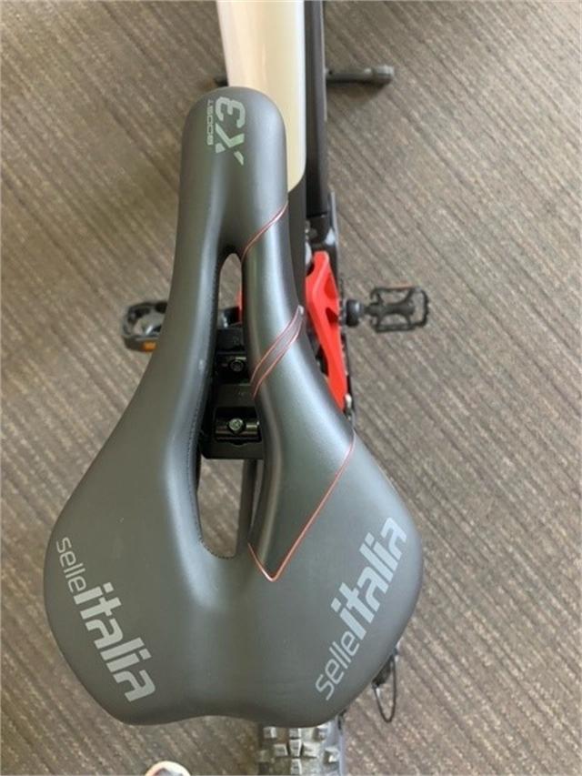 2021 Fantic XTF-15-MY21-SIL at Full Circle Cyclery