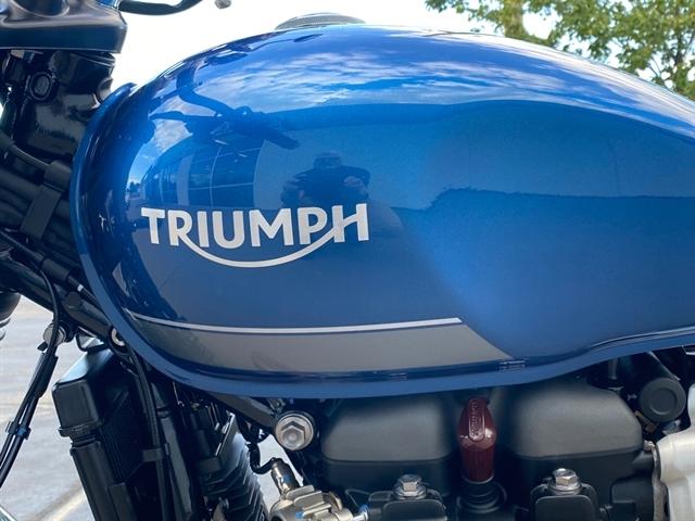 2022 Triumph Street Twin Base at Frontline Eurosports