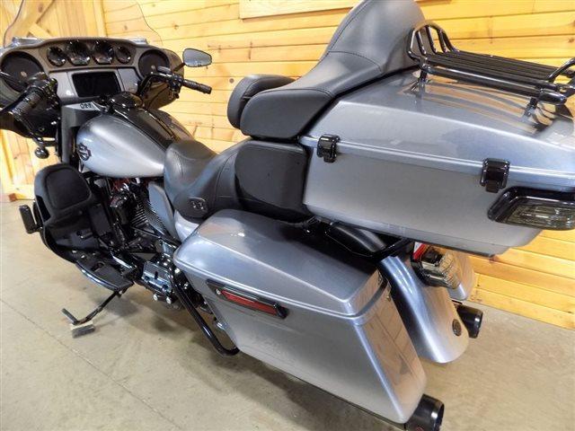 2019 Harley-Davidson Electra Glide CVO Limited at St. Croix Harley-Davidson