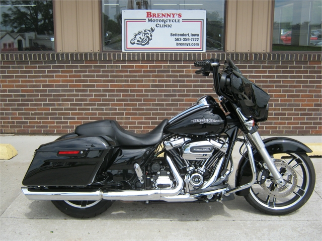2017 Harley-Davidson FLHXS Street Glide Special at Brenny's Motorcycle Clinic, Bettendorf, IA 52722