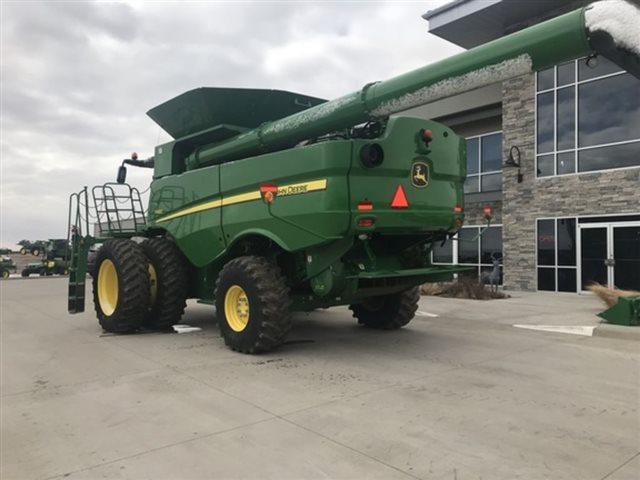 2016 John Deere S680 at Keating Tractor