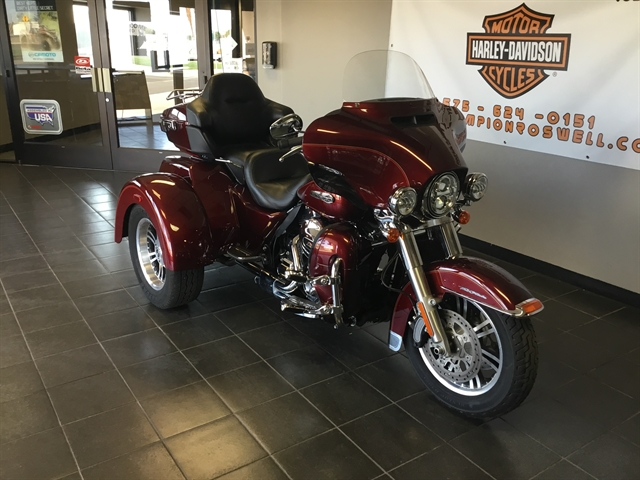 2016 Harley-Davidson Trike Tri Glide Ultra at Champion Harley-Davidson