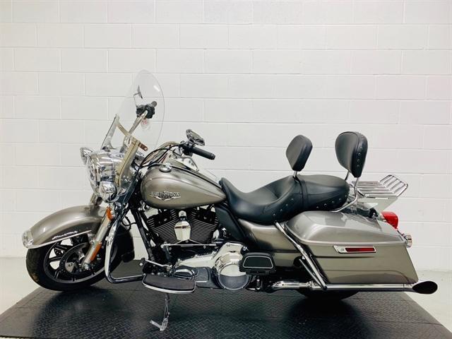 2016 Harley-Davidson Road King Base at Destination Harley-Davidson®, Silverdale, WA 98383