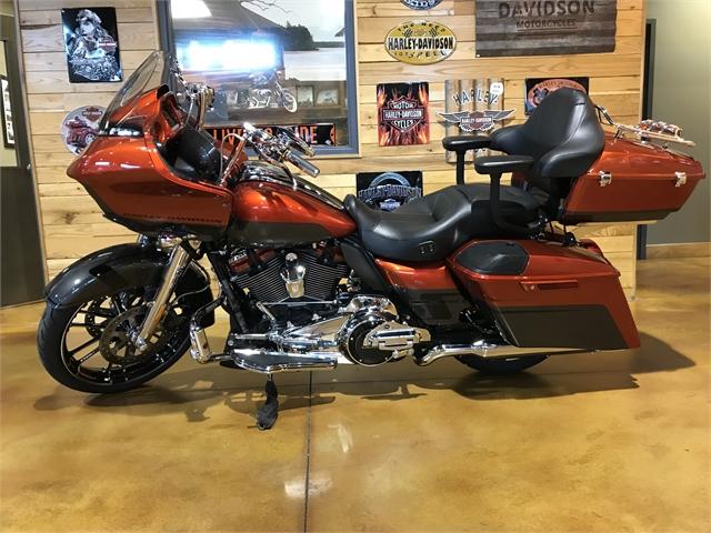 2018 Harley-Davidson Road Glide CVO Road Glide at Thunder Road Harley-Davidson